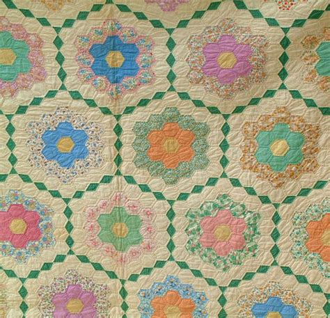 Antique Grandmothers Flower Garden Quilt Pinterest Grandmothers Flower Garden Quilt Pattern
