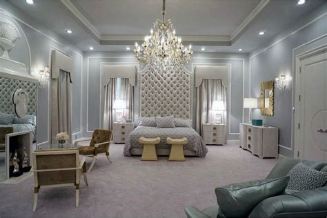 fashion bedroom decor chanel oberlin s bedroom scream queens home