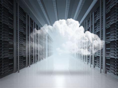 extend  virtualized data center   cloud  ease