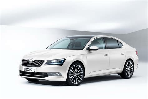 all new skoda superb priced from 163 18 650 in the uk