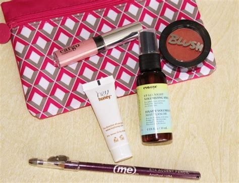Ipsy Gift Card - gifts that keep giving subscription box gift guide splendry