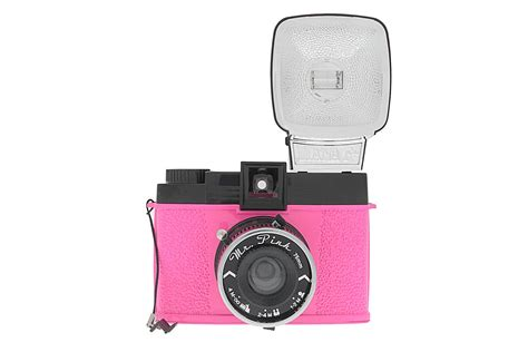 Md Diana 331 Pink diana f and flash mr pink edition 183 lomography shop