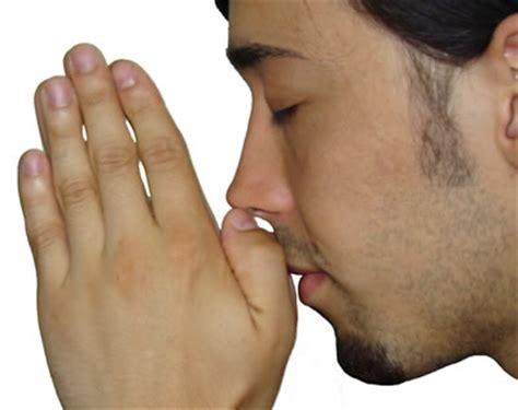 imagenes gente orando im 225 genes de personas orando a dios im 225 genes de dios