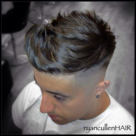 number 0 on back and sides mens hair cuts 2015 huge quiff skin fade and heavy disconnection makeup