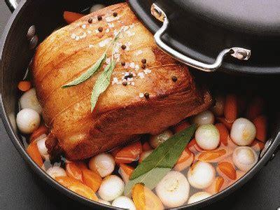 recettes cuisine fran軋ise traditionnelle le r 244 ti de porc cuisine fran 231 aise 65 recettes