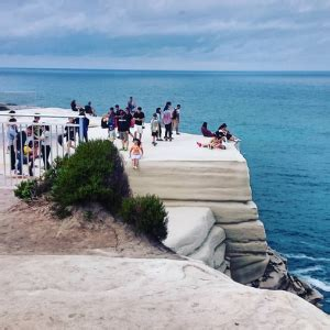 Wedding Cake Rock Fence by Thrillseeking Tourists To Be Fined For Jumping The Safety