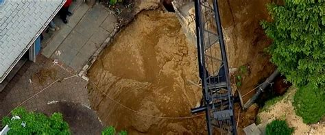 Abc Home Design New York by Long Island Cesspool Collapses Trapping Man Abc