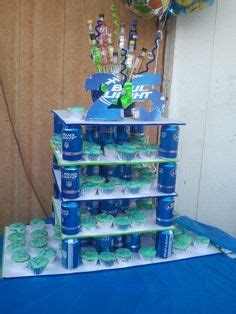 centerpiece with budlight bottle