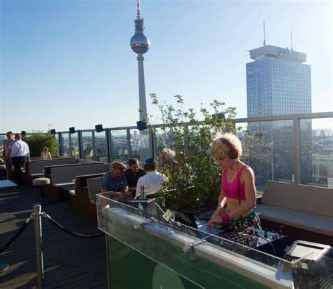 roof top bars berlin berlin die sch 246 nsten rooftop bars und dachterrassen