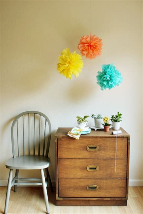 Crepe Paper Pom Poms How To Make - pompones de papel crepe kireei cosas bellas