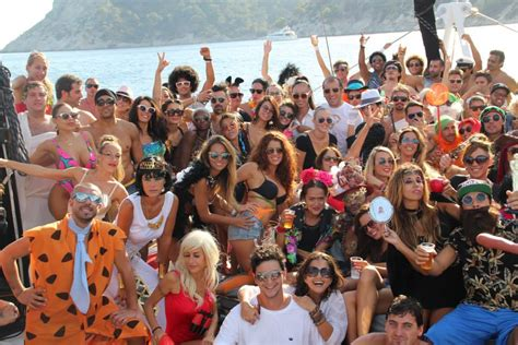 barco pirata ibiza magic boat party