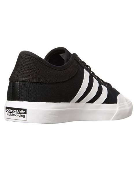 adidas mens matchcourt shoe black white black surfstitch