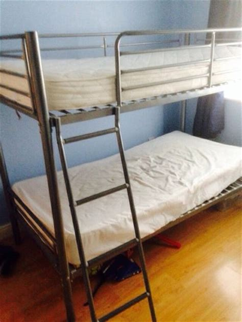 How To Put Together A Bunk Bed With Futon by Bunk Beds One Mattress Easy Put Together For Sale In