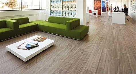 pvc pavimenti prezzi pavimento in pvc pavimento per interni caratteristiche