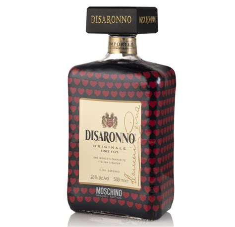 bar news disaronno creates bottle with italian fashion brand