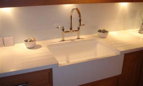 Kitchen With Belfast Sink Belfast Sink Effect Using Corian 174 Sinks Kitchens Products Cduk