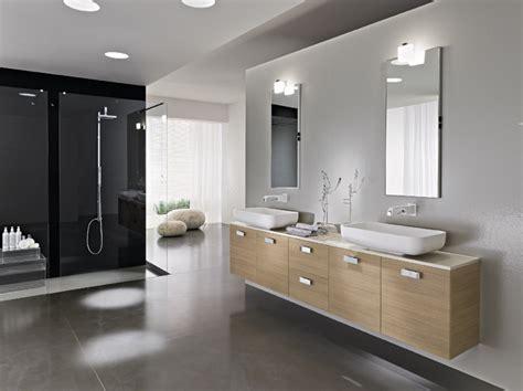 bathroom in italian alcova mobiliario wc