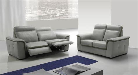 divano con relax divani con meccanismi relax sempre pi 249 richiesti