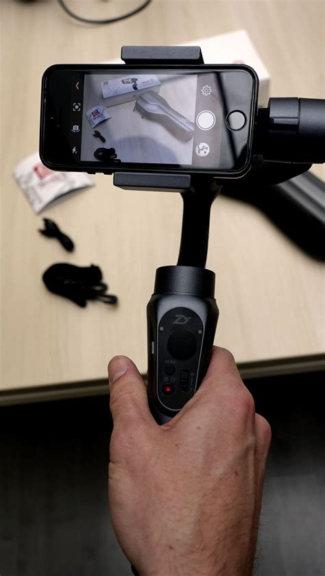 test du stabilisateur pour smartphone zhiyun smooth q studiosport