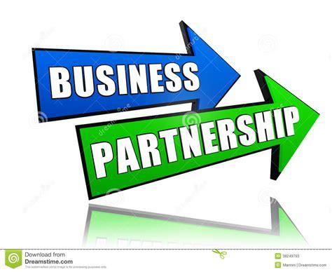 business partnership in arrows