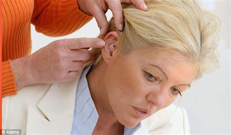 haircuts for women to hide hearing aids womens hairstyles to hide hearing aids hearing aids