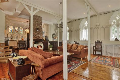 church gets converted into a beautiful home 12 pics old church house goes up for sale complete with graves in