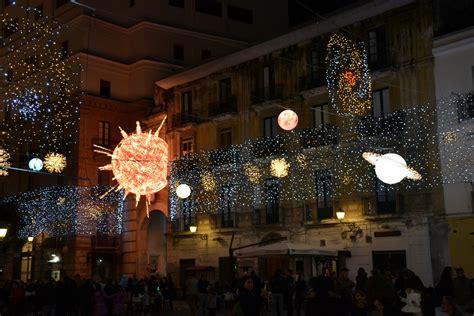 salerno illuminazioni natalizie d artista salerno si illumina per il natale 2012