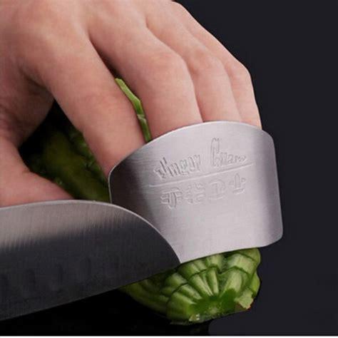 Pelindung Jari Saat Memotong Finger Guard Stainless Steel X442 pelindung jari pisau stainless steel silver jakartanotebook