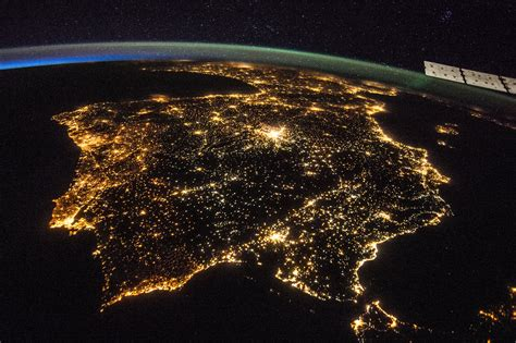 wallpaper earth light spain iberian peninsula night nasa strait of gibraltar