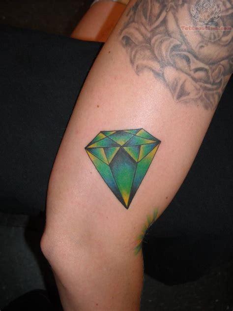 tattoo diamond green green diamond tattoo on thigh