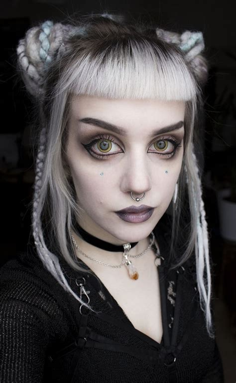 halloween gothic hairstyles psychara punky spunky human beans pinterest make up