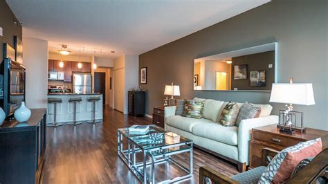 one bedroom apartment in chicago checking out a one bedroom apartment in streeterville
