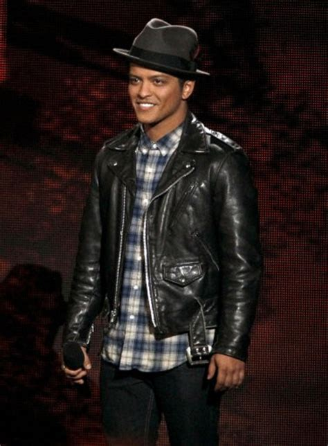 bruno mars biography in spanish popular male singers in 2011