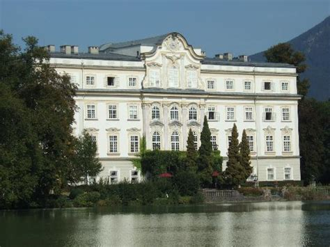sound of music house tour quot you brought music back into the house i had forgotten quot captain von trapp picture