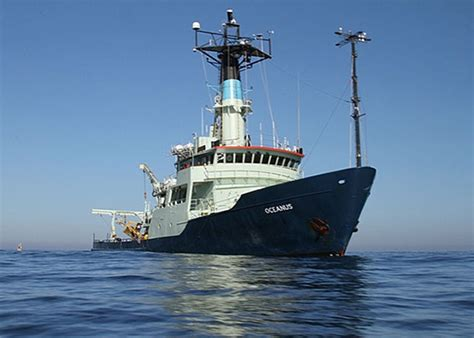 ship images ships woods hole oceanographic institution