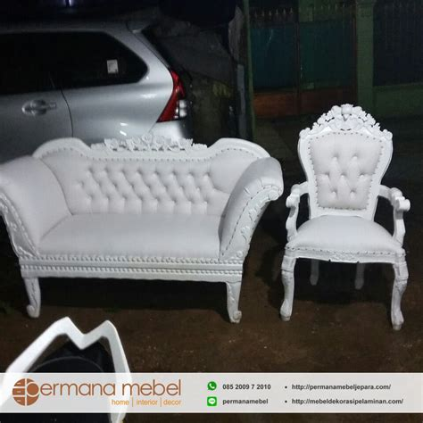 Sofa Pelaminan kursi sofa pelaminan duco putih properti pelaminan jepara