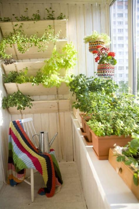 Kleinen Balkon Bepflanzen by 30 Coole Ideen Einen Kleinen Balkon Gem 252 Tlich Zu Machen