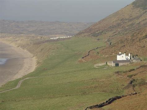 Rhossili Bay Cottages worms from the cliffs picture of rhossili bay