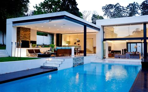 house with swimming pool image gallery nice houses with pools
