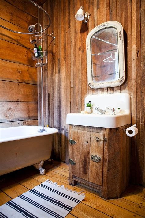 39 cool rustic bathroom designs digsdigs - Rustic Bathroom Designs
