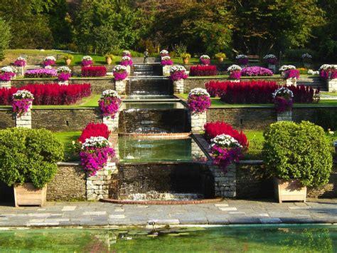 giardini terrazzati immagini i giardini di villa taranto serre aiuole floreali e gli