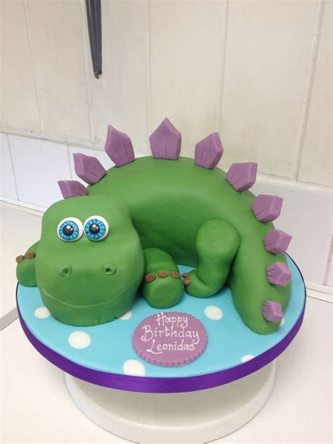 dinosaur templates for cakes 22 best castle cakes images on