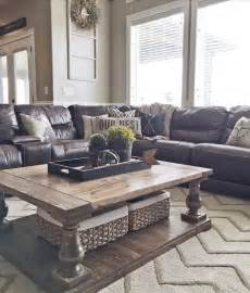 Living Room Ideas With Brown Leather Sofas Best 25 Coffee Table Centerpieces Ideas On
