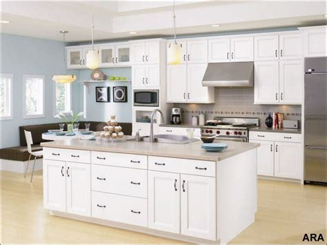 trendy kitchen cabinet colors high resolution kitchen color trends 2 white cabinets