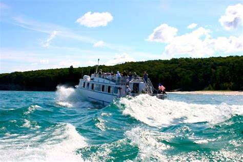 pictured rocks national lakeshore pictured rocks boat - Pictured Rocks Lakeshore Boat Tours