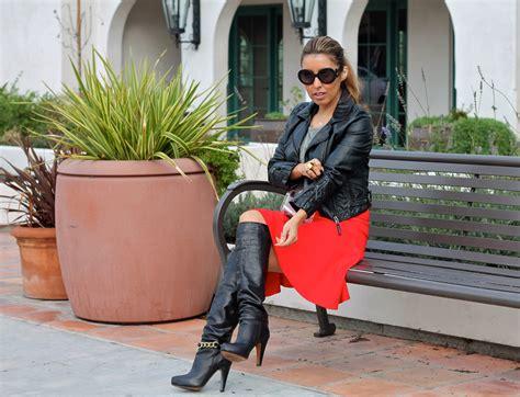 Jugo Skirt By Uwais 1 skirt and black boots flor de fashion