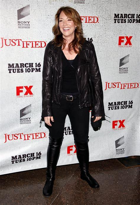 katey sagal style fashion looks stylebistro katey sagal leather jacket katey sagal looks stylebistro