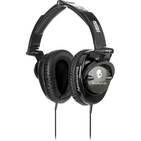 7 Great Pairs Of Skullcandy Headphones by Skullcandy Skullcrusher Headphones Black Pinstripe