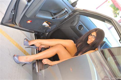 film ftv love in bangka ftv girls magazine high heels brunette glasses legs