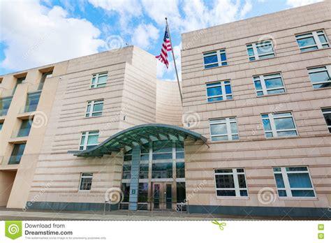 consolato berlino ambasciata americana a berlino germania immagine stock